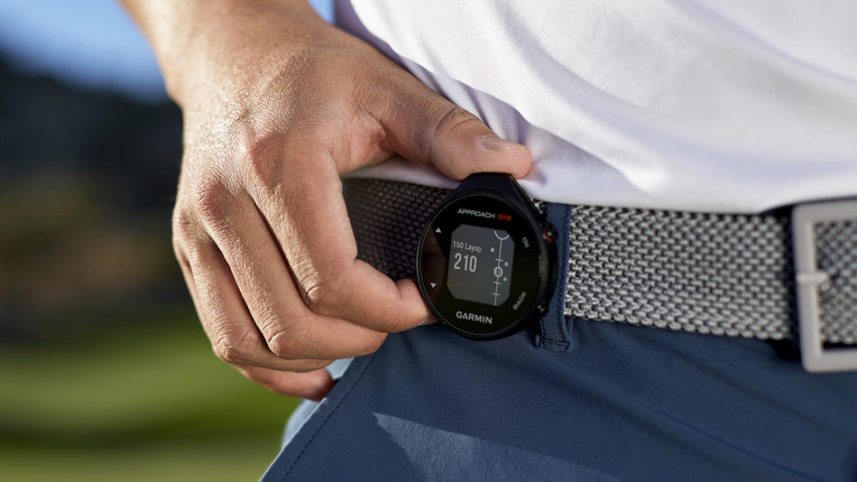 Review of the garmin approach g12 clip on golf gps